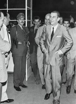 El ex Presidente Eduardo Frei Montalva junto a Patricio Rojas