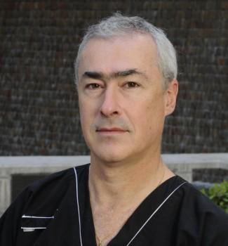 Dr. Renato Chacón (Fuente: Clínica Dávila)