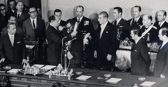 Nuevos cables de la CIA revelan dinero encubierto para una radio, El Mercurio y la DC