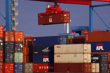 Hamburg Harbor Shipping