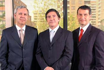 Jaime Arancibia, Fernando Allendes y Cristián Coronel (Fuente: ecm.cl)