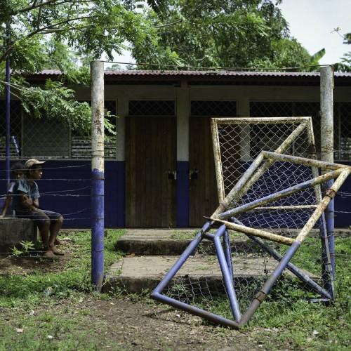 Los habitantes de la comunidad Quebrada Seca, en El Tule, Río San Juan, no envían a sus hijos a clases como protesta por las expropiaciones del Canal. Carlos Herrera/Confidencial.