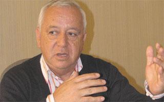 Iván Navarro Abarzúa