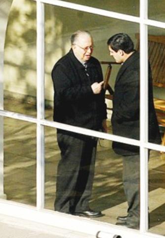 Fernando Karadima y Juan Esteban Morales
