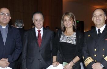 Fernando Chomali, Luis Felipe Moncada, Jacqueline Van Rysseberghe y William Corthon