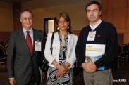 Luis Felipe Moncada y Rodrigo Sarquis, de Asipes, junto a Jacqueline Van Rysselberghe (Fuente: Asipes)