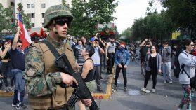 Foto reportaje: el día a día del estado de emergencia en el eje Alameda-Plaza Italia