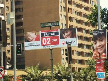 800px-Letrero_Teleton_2008
