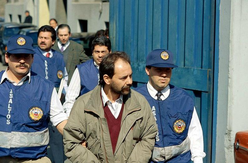 """El """"comandante Ramiro"""", detenido por Investigaciones en 1993 cuando visitaba al frentista e informante del gobierno Agdalín Valenzuela, en Curanilahue."""