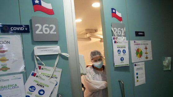La batalla de las camas críticas: las cifras que alertaron al Minsal sobre el escaso aporte de las clínicas