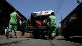 La otra cara del negocio de la basura: las paupérrimas condiciones en que trabajan más de 13.700 recolectores