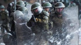 ¿No letales? El daño que ha causado la munición que dispara Carabineros a los manifestantes y por qué debe prohibirse