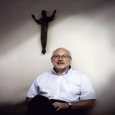 Eugenio Valenzuela, ex provincial de los jesuitas