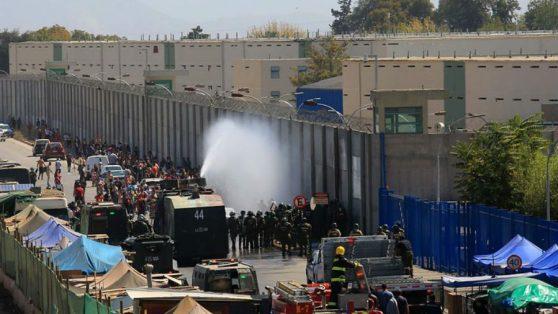 Motines y aumento del contagio. Buscando caminos para evitar ambos problemas en las cárceles chilenas