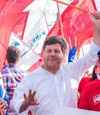 Juan Castro durante la campaña al Senado