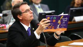 Escuela Sin Partido: como el gobierno Bolsonaro planea erradicar la dictadura de la historia de Brasil