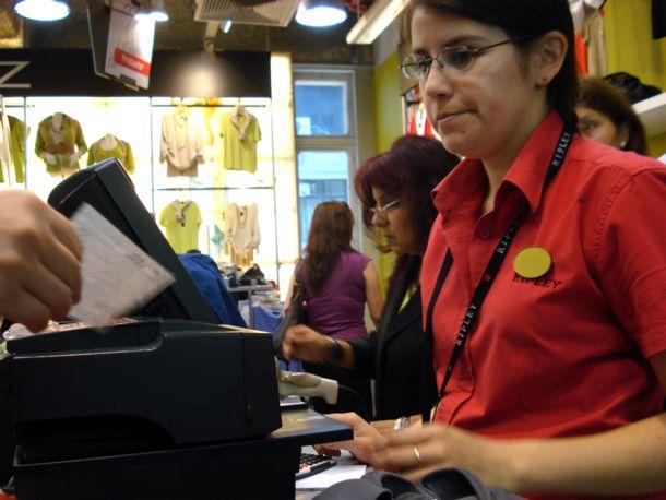 Grandes Tiendas II: Las mil y una razones sociales que fragmentan a los trabajadores