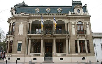 """Casa central de la UDP: una de las tres universidades privadas """"elegibles""""."""