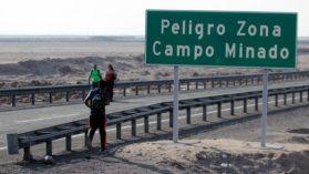 """""""Operación Desierto"""": El viaje clandestino a Chile de una madre y su hijo desde República Dominicana"""