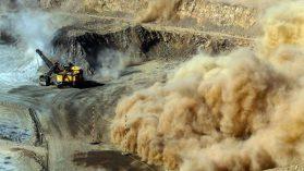 Caja negra bajo sospecha: las millonarias donaciones de mineras a municipios