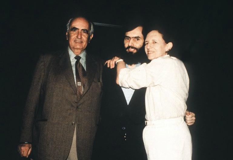 Cristián Edwards y sus padres, el mismo día de su liberación.