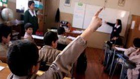 """Colegios subvencionados: así operan los siete grupos de """"megasostenedores"""" que lideran el negocio."""