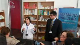 Farmacia municipal de Recoleta desnuda cómo la industria infla los precios de los medicamentos