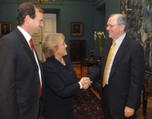 Ferreiro, Bachelet y Mundie