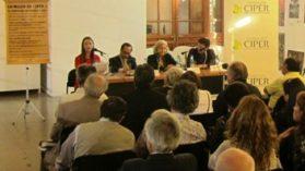 """Lanzamiento de """"Lo mejor de Ciper 2"""" en la Feria del Libro"""