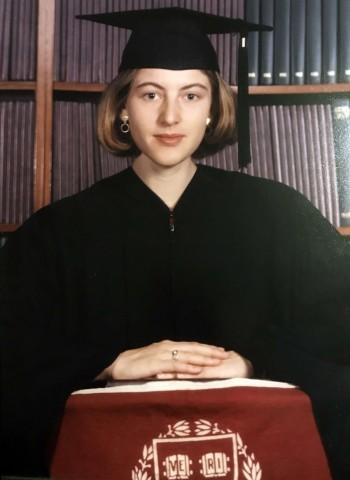 Nienke Grossman, graduación 1999 Harvard College (Cortesía Nienke Grossman).