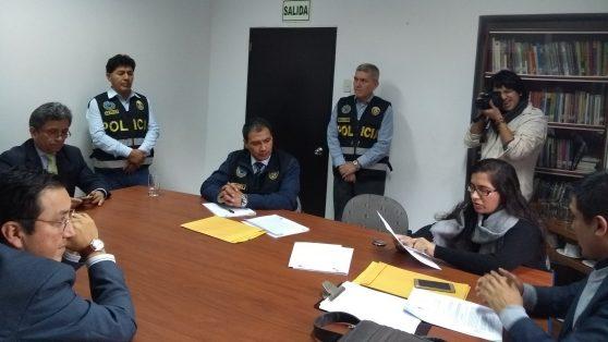 Fiscalía peruana irrumpe en IDL Reporteros por audios que revelan corrupción en el sistema judicial