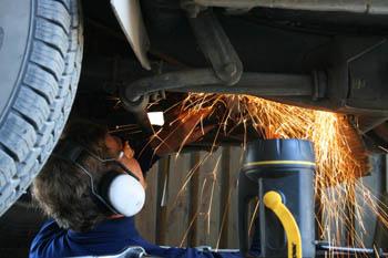 Alemanes son expertos en reparación de maquinaria,pues no pueden renovarla
