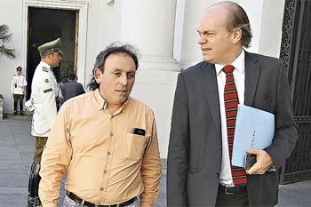 Ivan Fuentes con el senador Patricio Walker