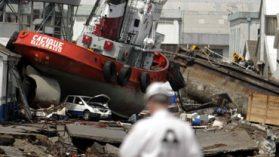 La desconocida y sabrosa trastienda del otro maremoto que enfrenta la Armada