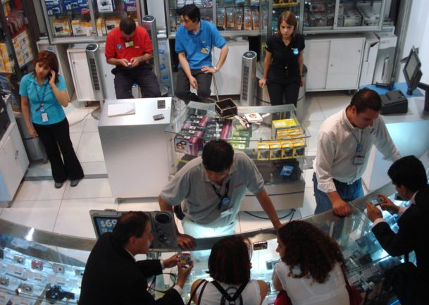"""Los sueldos del retail: el """"boom"""" que nunca existió"""