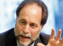 Académico de Harvard desmenuza la cultura empresarial chilena que frena el crecimiento