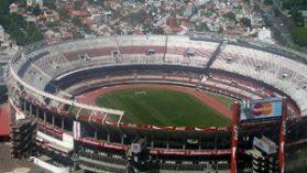 """La conexión chilena en el millonario negocio de la """"triangulación"""" de futbolistas"""