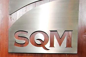 Juicio por cohecho contra SQM: Juez acoge salida alternativa y el CDE anuncia que apelará