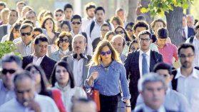 Trabajadores, empresas y bancos: por qué el Covid-19 puede tumbarlos a los tres